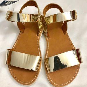 New Genuine Oshkosh Gold/Donnica Toddler Girl's 7